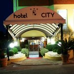 Entrata Hotel City