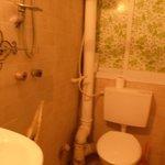 Bathroom room2