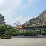Queshi Scenic resort- pagoda 1