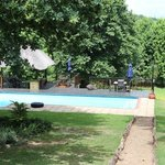 Pool and garden / Mooi river