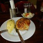 Lamb & vegetab;le pie, The Lamb