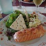 Caneloni de saumon au chèvre frais (et gros grains de poivre rose!!!)