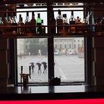 Vu sous la pluie du bar de l'hôtel de Rome.