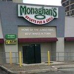 ภาพถ่ายของ Monaghans Sports Pub & Grill