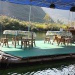 Floating rstaurant @ Yangshuo Bamboo Rafting