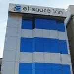 Photo of Hotel El Sauce Inn