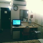 Office Dest & TV & Other facilities