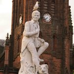 The Robbie Burns statue in Dumfries
