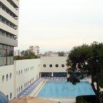 Blick zum geheizten Pool
