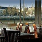 Une vue sur l'Adour et Bayonne