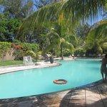 Une des piscines de l'hôtel