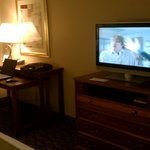 Flat sceen TV and work desk
