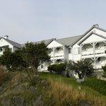 Bay view suite balconies