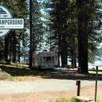 Check out this great RV and Tent site right on the shoreline! Can't beat this view in Lake Alman