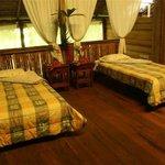 Todas las habitaciones tienen baño privado,terraza con linda vista y amplio panorama