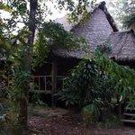 Entrada a Inotawa Lodge