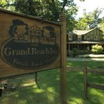 Welcome to the Grand Beach Inn