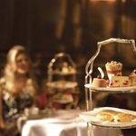Foto di The English Tea Room at Brown's Hotel