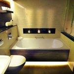 Woodland rooms bathroom