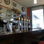 Le bar de côté comptoir