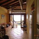 Sala y balcón de Habitación 3