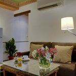 Standard & Superior - Entrance/Lounge