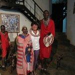 Kenga Giama Resort con i Maasai