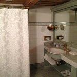 bathroom, room 402