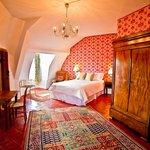Bedroom 5 Ambassdeur