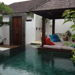 lovely private 2 bed pool villas