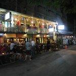 Doo Dee Pub & Restaurant Chiangmai