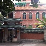Gepflegtes Kleinhotel in alter chinesischer Gartenvilla