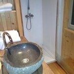 la salle de bain de la roulotte