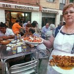 La Enriqueta, quien da nombre ha este estupendo bar de tapas.