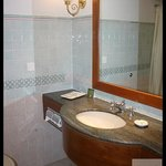 Bathroom with Big Mirror, Amenities, Hot Water