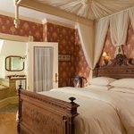 Emma Room