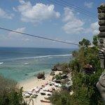 Was even zoeken, maar... Wow, dit was echt een van de mooiste stranden die ik heb gezien op Bali