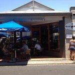 sunny days at cool Katz cafe!