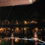 panoramica notturna del ristorante