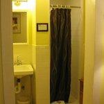 Snug bathrooms (with no exhaust fan)  :(