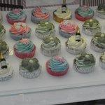 Johnnie's Cupcakes, yum!