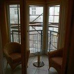 Balkon-/Wintergarten - Haus wurde damals von außen renoviert