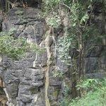 Lateral da gruta