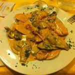Tris di ravioli di mare in salsa di scampi