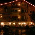 ingresso in hotel la sera