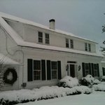 Lovett's Inn in snow, December 2012