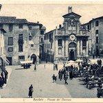 Piazza del mercato un pò di anni fa