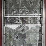 finestra rotta