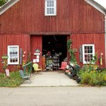 The Barn Antique shop in Northville
