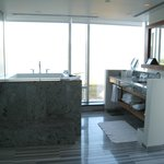 Japanese tub in Signature corner room